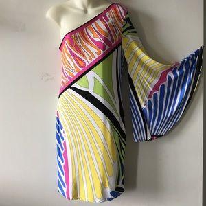 Analili kaia one shoulder dress size Medium